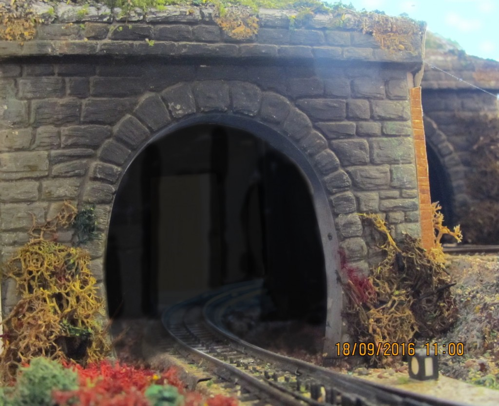 Tunneleingang der Hauptstrecke